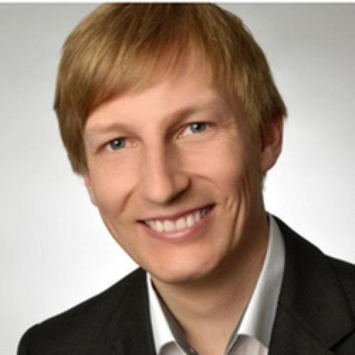 Dr. Sören Gröttrup