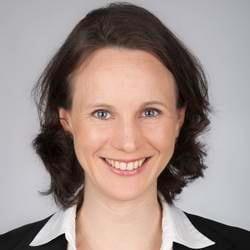Dr. Nora Reich