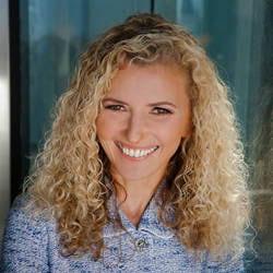 Carmen Simon